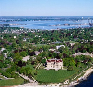 Bellevue Avenue Mansions within walking distance of the Murrayhouse B&B, Newport, RI