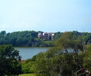Water Pondview Suite